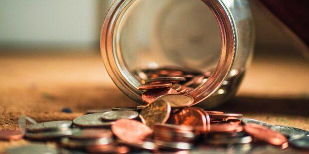 Aktien oder Immobilien? Hier lohnt sich ein Investment am meisten